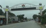 Lãng phí những chiếc cổng chào đồ sộ ở huyện nghèo