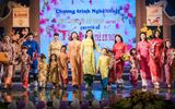 Hoa hậu Bản sắc Việt toàn cầu Thu Ngân trình diễn áo dài của Ngọc Hân