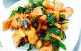 Cách chế biến món thịt lợn mán xào lá móc mật thơm ngậy