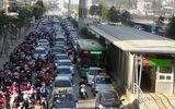 """Xe buýt nhanh BRT """"gặp khó"""" trong ngày thử nghiệm đón trả khách miễn phí"""