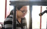 Người phụ nữ mang bầu sát hại bà lão bán rau bật khóc nức nở tại tòa