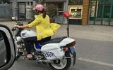 Xác minh hình ảnh người phụ nữ đi dép lê lái xe đặc chủng CSGT