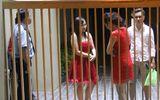 TPHCM: Cô dâu chú rể bị nhà hàng tiệc cưới giam lỏng đêm tân hôn