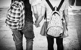 Bố mẹ nên làm gì khi trẻ có quan hệ tình cảm với người khác giới?
