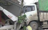 Xe tải mất lái lao vào nhà dân, 3 người thương vong