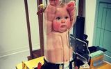 """Giật mình xem bức ảnh em bé bị """"nhốt"""" trong ống nghiệm và sự thật phía sau"""