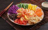 Sáng mắt, đẹp dáng với đĩa salad Sashimi cá hồi đầy màu sắc