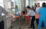 Vĩnh Long: Học sinh tại 3 trường tiểu học nhập viện vì nghi ngộ độc thực phẩm