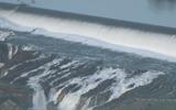 Đập thủy điện cao nhất Mỹ có nguy cơ sập, dân California sơ tán khẩn cấp