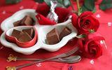 Vì sao hoa hồng và socola là hai món quà chính trong ngày Valentine?