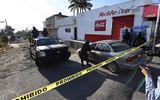 Trực thăng quân đội Mexico xối đạn diệt trùm ma túy từ trên cao