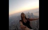 Người mẫu Nga thách thức tử thần trên nóc nhà Dubai