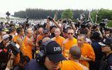 Sư chùa Thái Lan yêu cầu tiếp tế lương thực sau khi bị bao vây