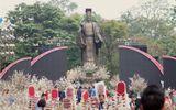 Du khách háo hức đón Lễ hội hoa anh đào ở Hà Nội