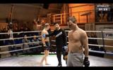 """MMA: Chơi hèn và cuối cùng """"thua nhục"""""""