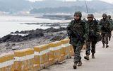 Quân đội Hàn Quốc báo động sau khi nữ tổng thống bị phế truất