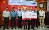 NSND Trần Hiếu dự lễ trao giải Jackpot hơn 10 tỷ đồng của xổ số Vietlott