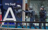 """Hồ sơ đầy vết """"đen"""" của kẻ tấn công lực lượng chống khủng bố ở sân bay Orly"""