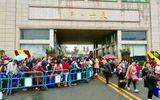 Khách du lịch Trung Quốc tăng cao ở cửa khẩu Móng Cái