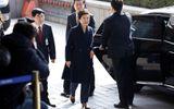 Cựu Tổng thống Park Geun-hye xin lỗi công chúng trước khi bị thẩm vấn