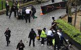 Khủng bố ngoài tòa nhà QH Anh, ít nhất 5 người chết