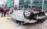 Thanh Hóa: Xe máy đâm trực diện ôtô, 3 người thương vong