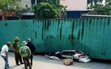 Danh tính 2 người tử vong trong vụ xe container đè nát xe con ở Nam Định