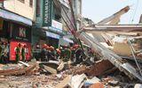 Sập nhà 2 tầng, cụ ông 84 tuổi văng xuống đường tử vong