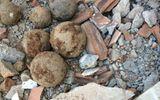 Phát hiện 50 quả bom bi dưới móng trụ sở Viện kiểm sát nhân dân