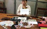 Bị vây bắt, kẻ buôn ma túy định ném mìn vào cảnh sát