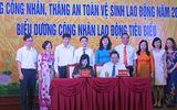 NutiFood bán hàng giảm giá và tặng học bổng cho công nhân Bắc Ninh