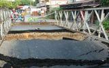Sập cầu Cống Rạch Chùa, giao thông bị chia cắt