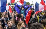 Chùm ảnh người Pháp ăn mừng chiến thắng của vị Tổng thống trẻ nhất trong lịch sử