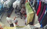 Xác định danh tính nhóm thanh niên xông vào cửa hàng quần áo chém người