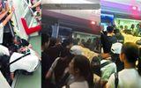 Người phụ nữ mắc kẹt ở đường ray được cứu sống nhờ lòng tốt của nhiều người