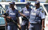 """Cảnh sát Nam Phi truy tìm nhóm """"nữ quái"""" bắt cóc, cưỡng hiếp trai trẻ suốt 3 ngày liên tục"""