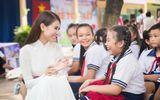 Á Khôi Liên Phương trao học bổng cho trẻ em học giỏi vượt khó
