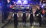 3 tên khủng bố bị cảnh sát London bắn chết sau cuộc gọi đầu tiên báo án