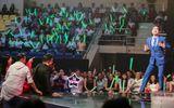 """Ngọc Sơn """"quậy tung"""" sân khấu khiến Mr Đàm """"nằm dài"""" theo dõi"""