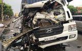 Tai nạn giao thông, phụ xe văng xuống đất, tài xế container kẹt cứng trong cabin