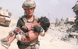 Cựu đặc nhiệm Mỹ liều mình giữa làn đạn cứu bé gái 5 tuổi