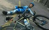 Cảm phục vô cùng người mất 1 chân tay vẫn đạp xe vượt 2.166km đến Tây Tạng
