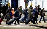 Sắc lệnh hạn chế nhập cư của Tổng thống Donald Trump chính thức có hiệu lực