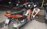 Hà Nội: Cướp xe máy rút dao tấn công CSGT