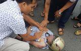 Nam thanh niên ở Vĩnh Phúc bị sét đánh văng xuống đường bất tỉnh