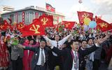Bất chấp cấm vận kinh tế, người Triều Tiên vẫn kiếm 1.300 USD một năm