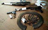 Bắt quả tang đôi vợ chồng mở xưởng sản xuất vũ khí ngay tại nhà