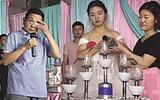 Sự thật phía sau đám cưới chú rể vắng bóng, cô dâu làm thủ tục cùng… em gái chú rể