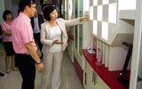 """Cổ phiếu Điện Quang """"bốc hơi"""" sau tin kỷ luật Thứ trưởng Hồ Thị Kim Thoa"""