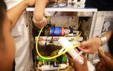 Chuyên viên kỹ thuật đóng vai trò quan trọng trong lắp đặt và sử dụng máy lọc nước R.O an toàn